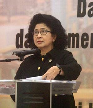 Prof. dr. Nila Djuwita F. Moeloek,Sp. M.
